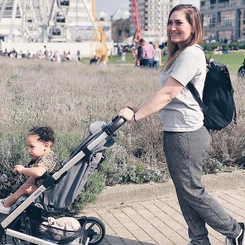 Nederlandse mommy influencer Ela Dikilitas in de top 30 lijst van Influencer DNAe