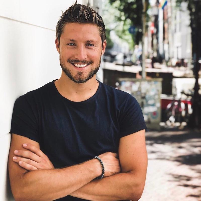 Nederlandse fashion influencer Julian Piket in de influencer DNA top 30 lijst