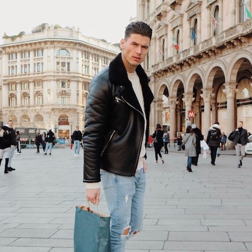 Nederlandse fashion influencer Tom Broekhuijse in de influencer DNA top 30 lijst