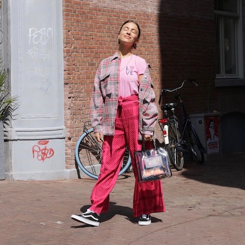 Nederlandse vrouwelijke fashion influencer Lizzy van der Ligt in de Influencer DNA top 30 lijst