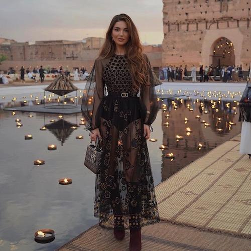 Nederlandse vrouwelijke fashion influencer Negin Mirsalehi in de top 30 lijst van Influencer DNA