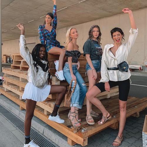 Nederlandse vrouwelijke fashion influencer Noor de Groot in de top 30 lijst van Influencer DNA