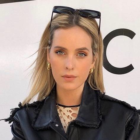 Nederlandse vrouwelijke fashion influencer Roos van Dorsten in de top 30 lijst van Influencer DNA