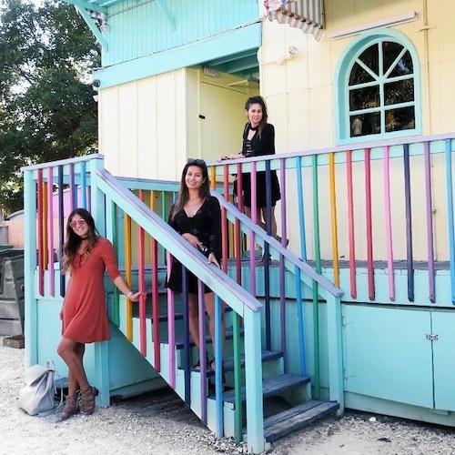 Nederlandse Travel Influencer Sisters Verbon in de influencer DNA top 30 lijst