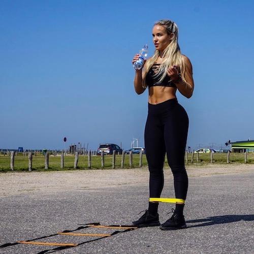 Nederlandse Sport Influencer Sarina de Reus in de influencer DNA top 30 lijst