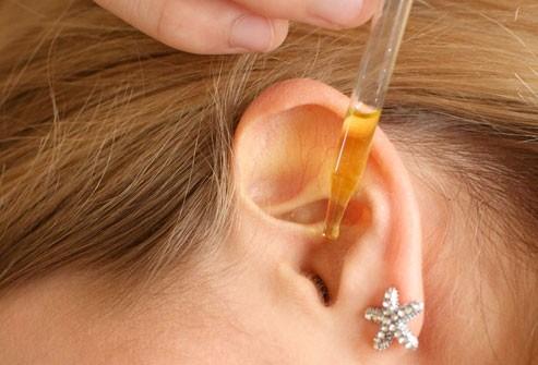 Chữa viêm tai giữa bằng phèn chua có trị được bệnh không