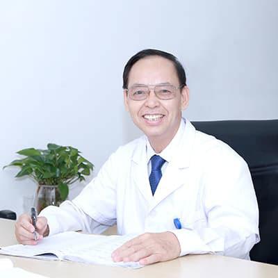 Bác sĩ Đỗ Văn Chiến