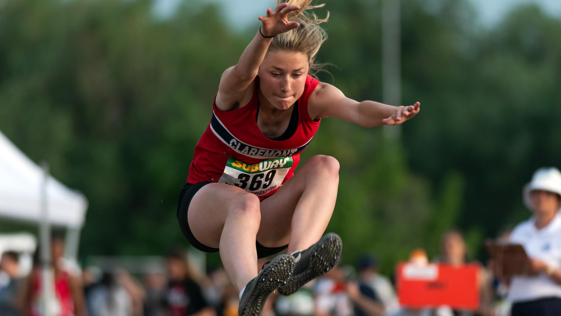 Rebecca Dutchak - 2019 B.C. High School Track and Field Championships - Day 1