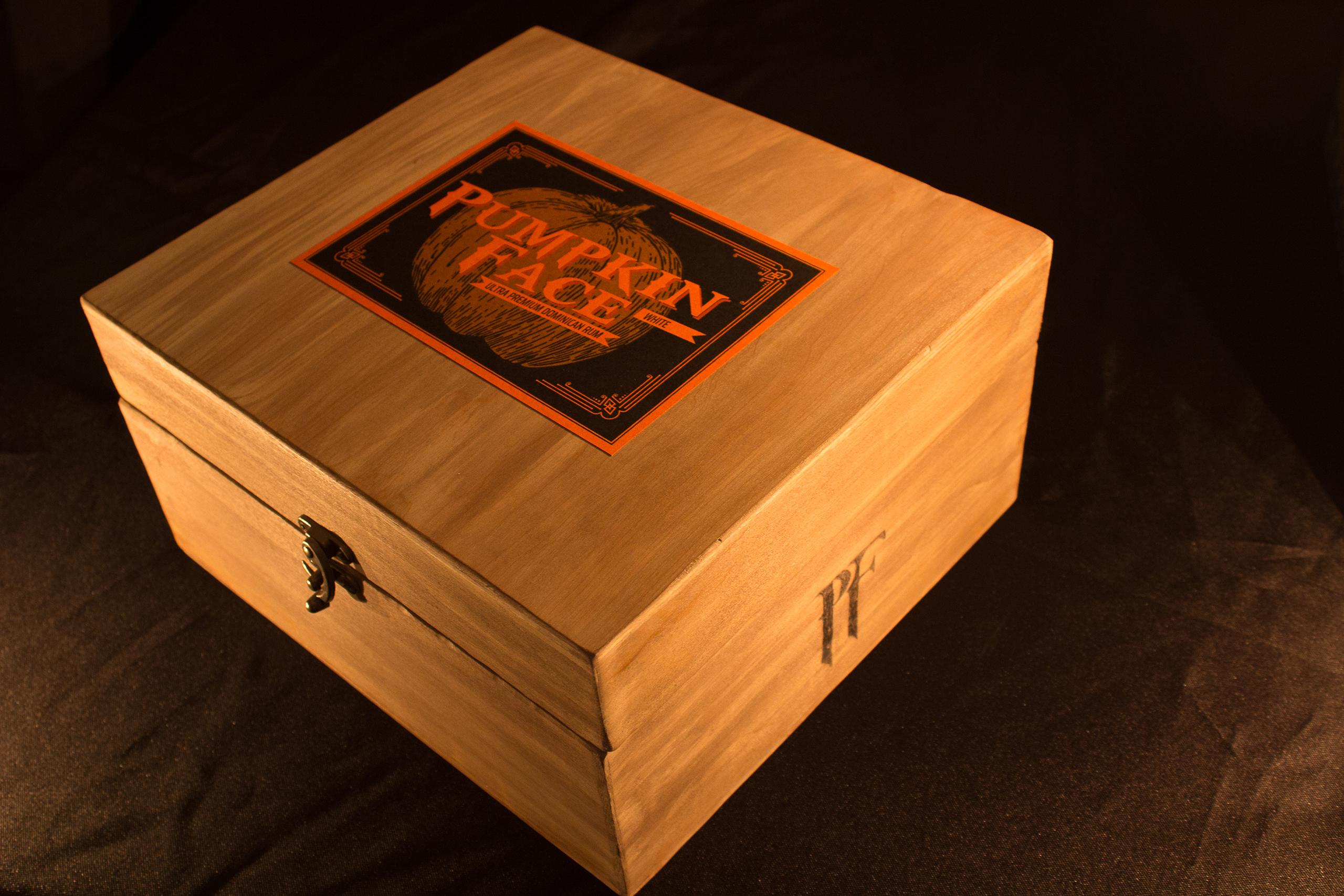 Pumpkin Face Rum Closed box