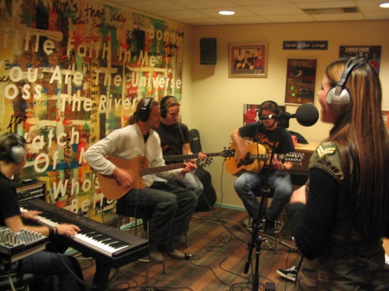 Live on 3FM (NL)