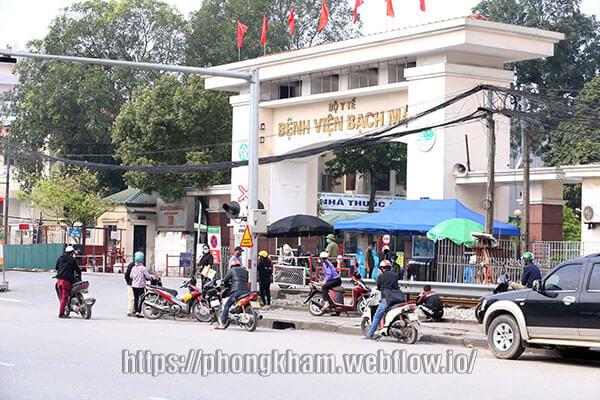 Khám bệnh xã hội ở Bệnh viện Bạch Mai