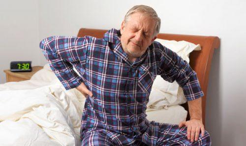 Bệnh thoát vị đĩa đệm ở người cao tuổi có chữa được không?