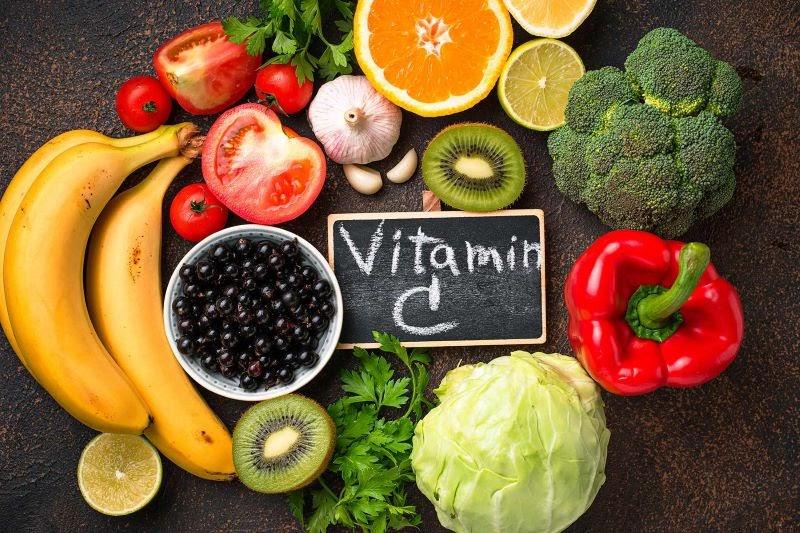 Tăng cường bổ sung vitamin C sẽ giúp người bệnh thoái hóa cột sống phục hồi tốt hơn
