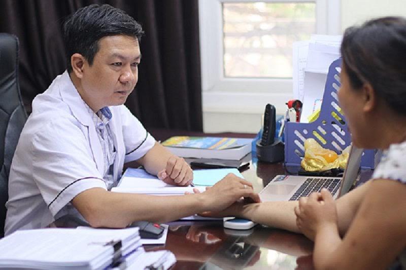 Bác sĩ Đỗ Minh Tuấn chuyên điều trị các bệnh xương khớp, nam khoa tại Hà Nội