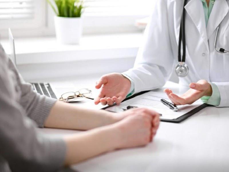 Cần trao đổi kỹ với bác sĩ về các biểu hiện ở gối