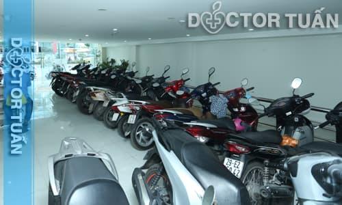 Bãi đỗ xe phòng khám đa khoa Hưng Thịnh