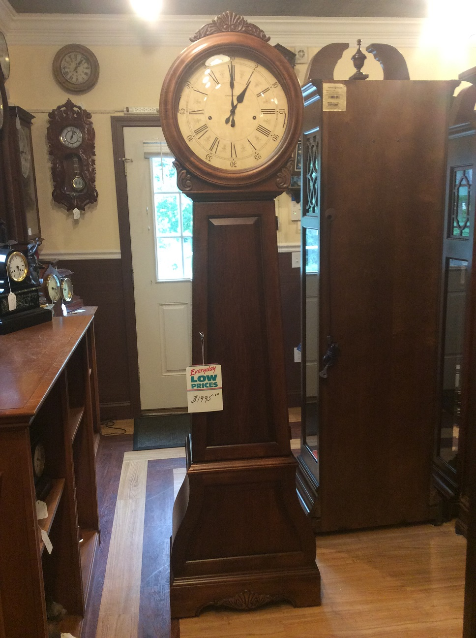 Howard Miller La Rochelle Grandfather Clock 610 900