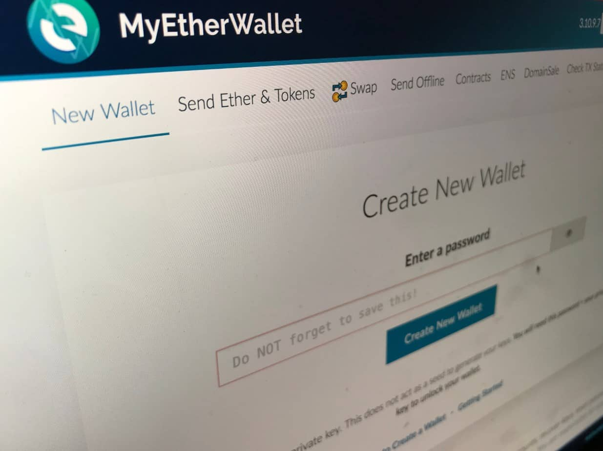Image of the homepage of the myetherwallet.com website, where you can create a new wallet.