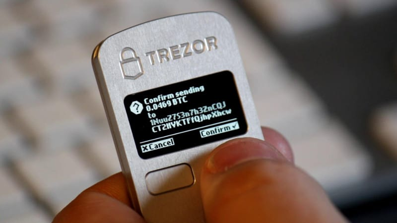 Trezor display transaction