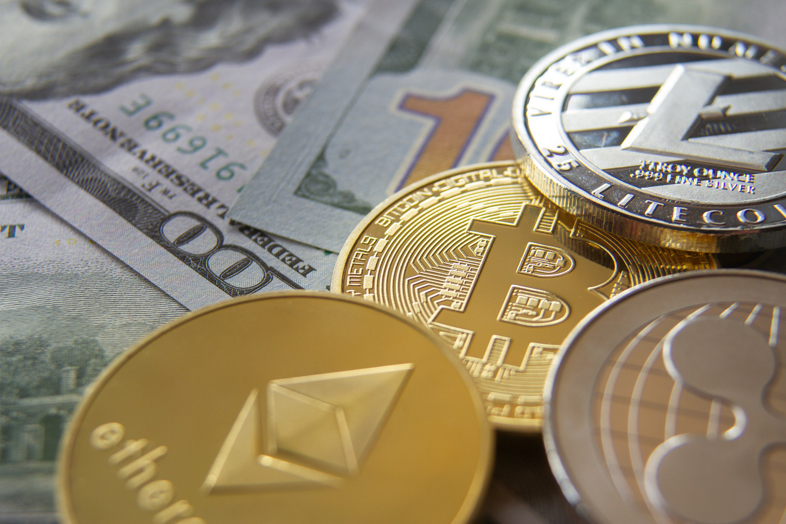 Крипто-валюты
