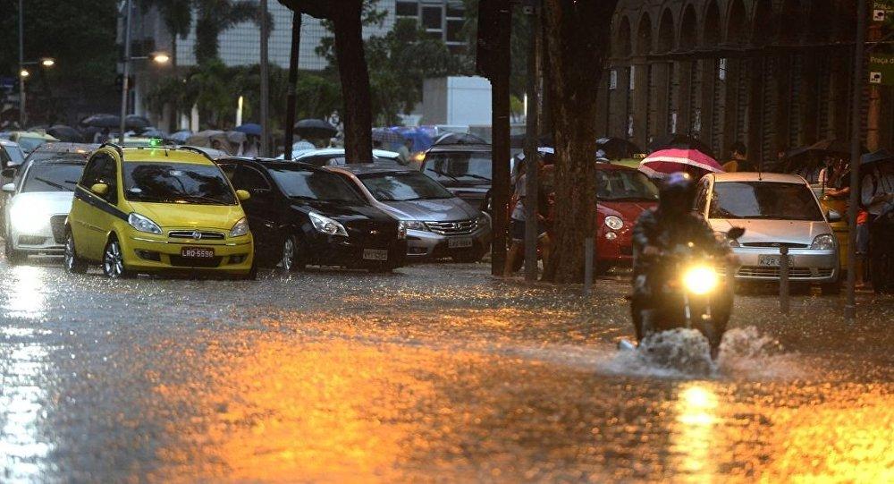 Chuvas no Rio: seguradoras atendem pedidos de indenização