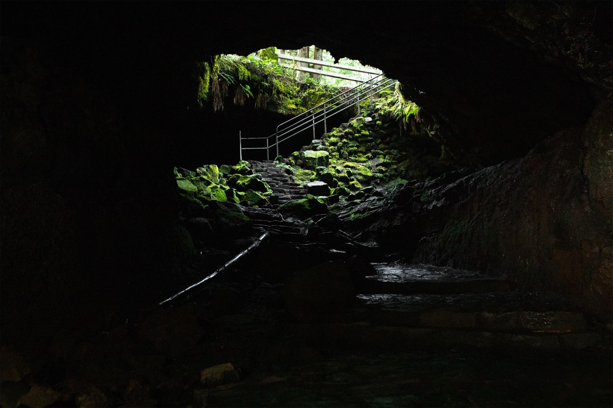 Ape Cave (Mt St Helens), WA