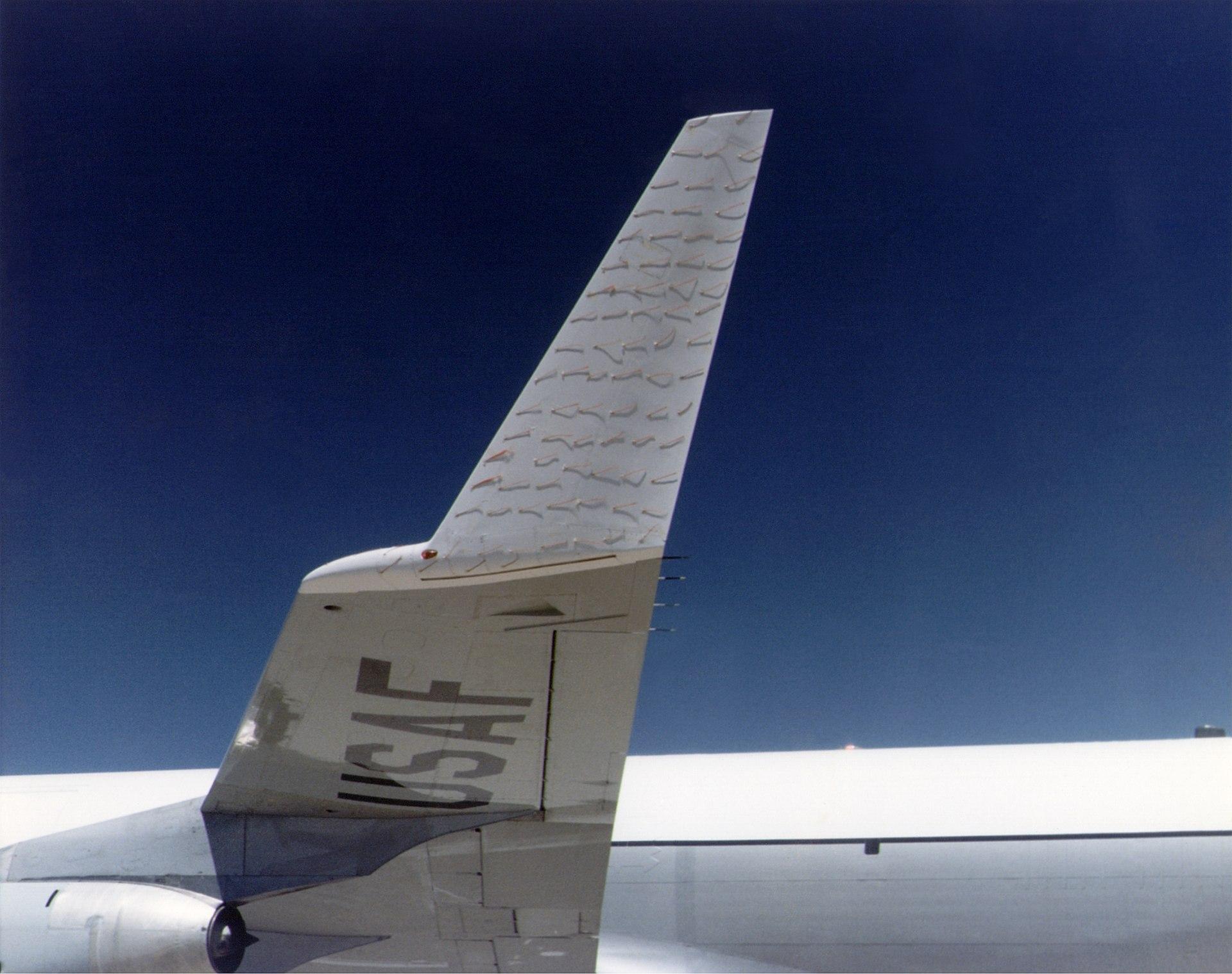 USAF testing a wingtip expansino