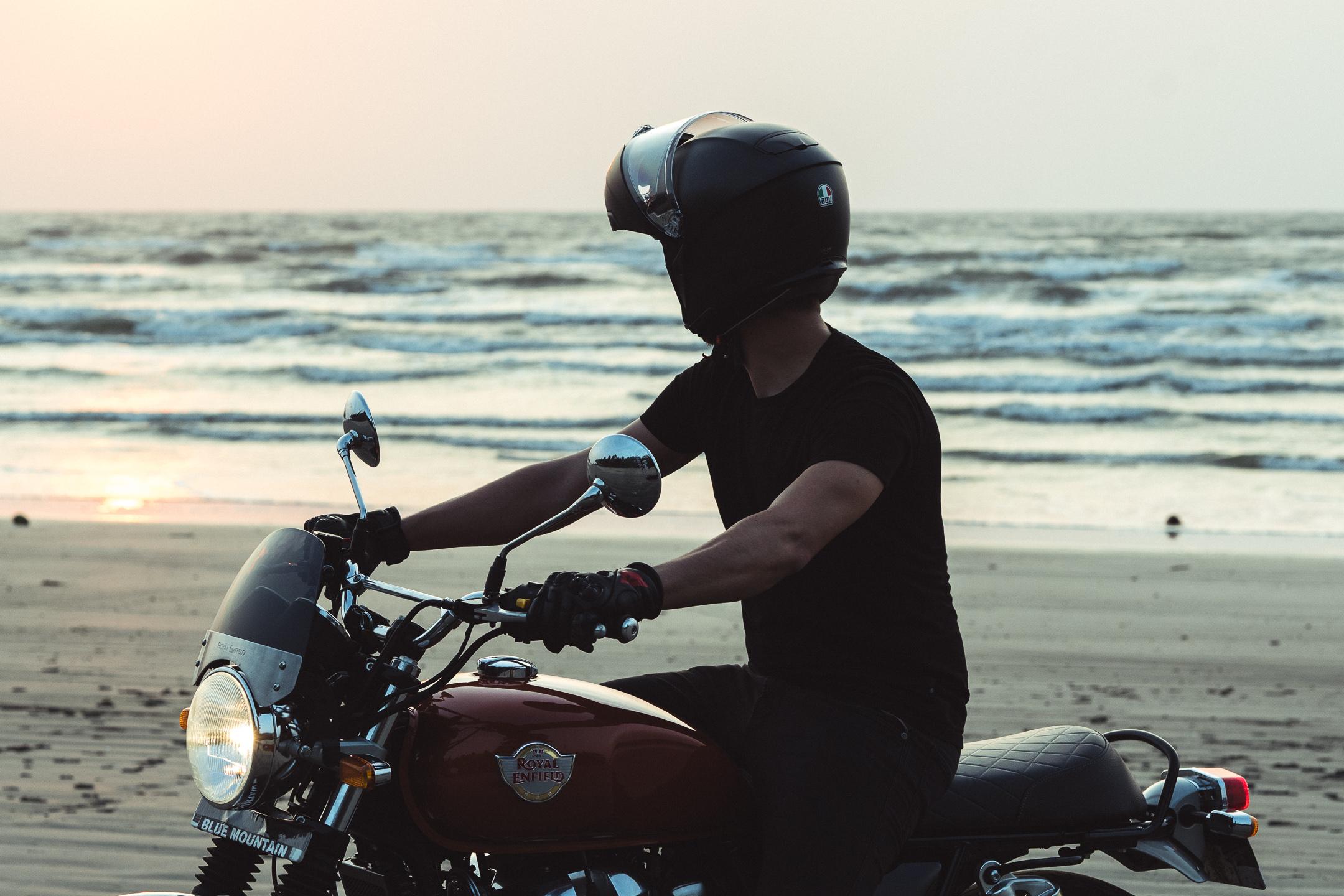 AGV sport modular helmet -  Royal Enfield Interceptor India kozhikode beach shot - kane avellano