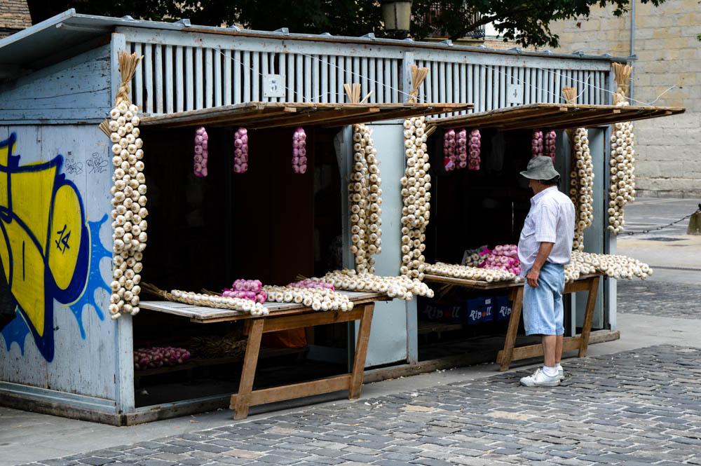 Garlic, garlic everywhere...
