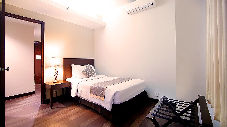 GDAJ - Deluxe One Bedroom