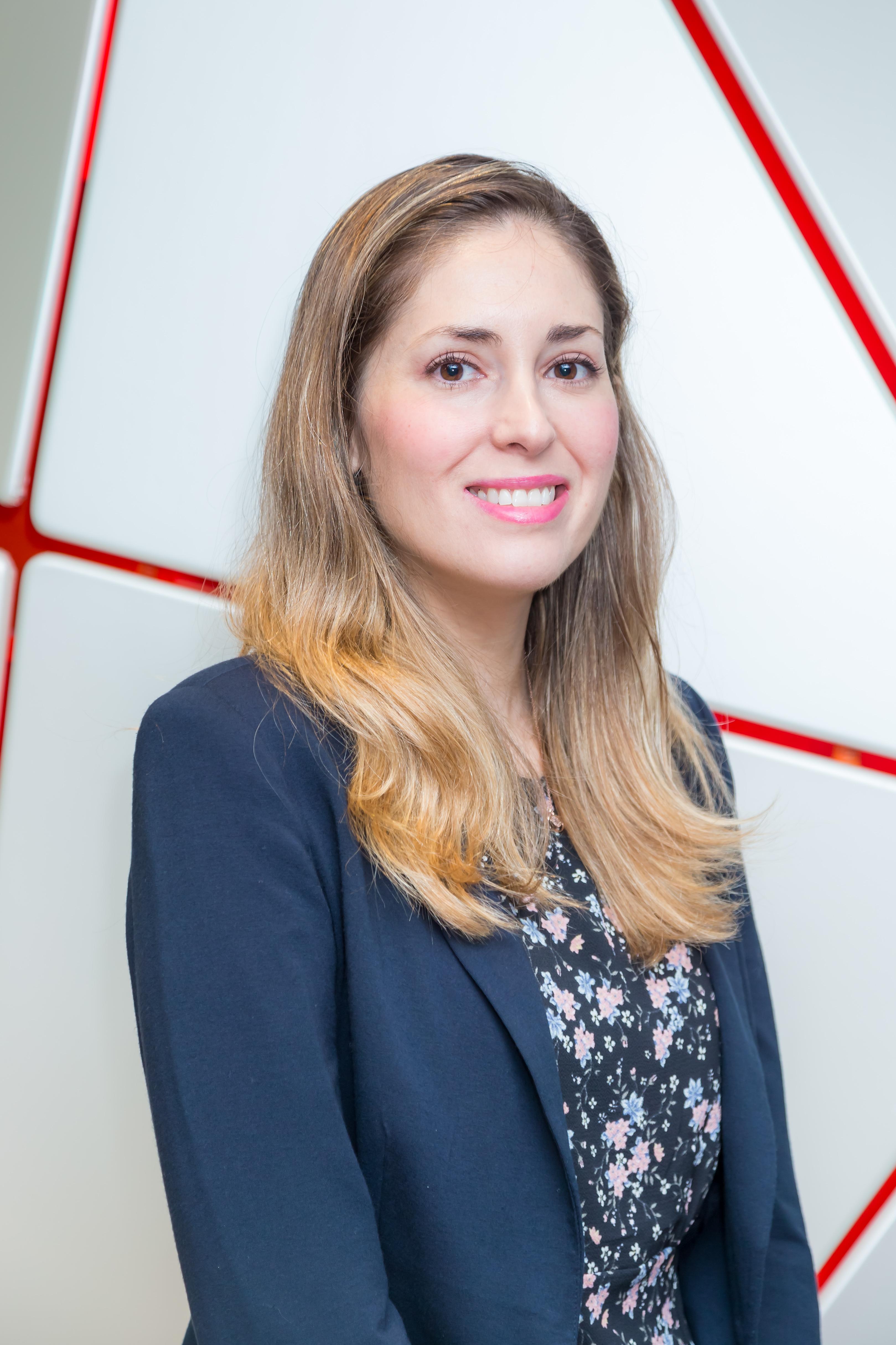 Dr. Constanza María Araya