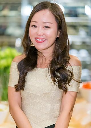 Dr. Mei M Chong