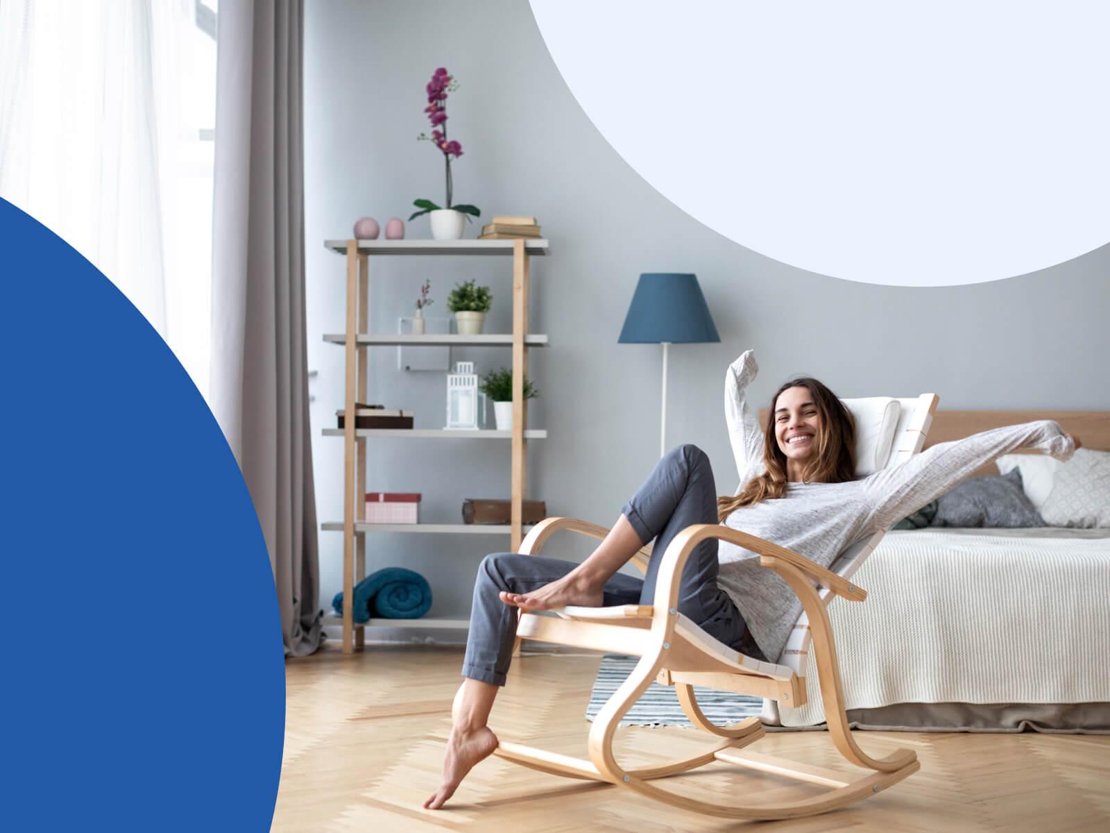 immagine donna rilassata sulla poltrona