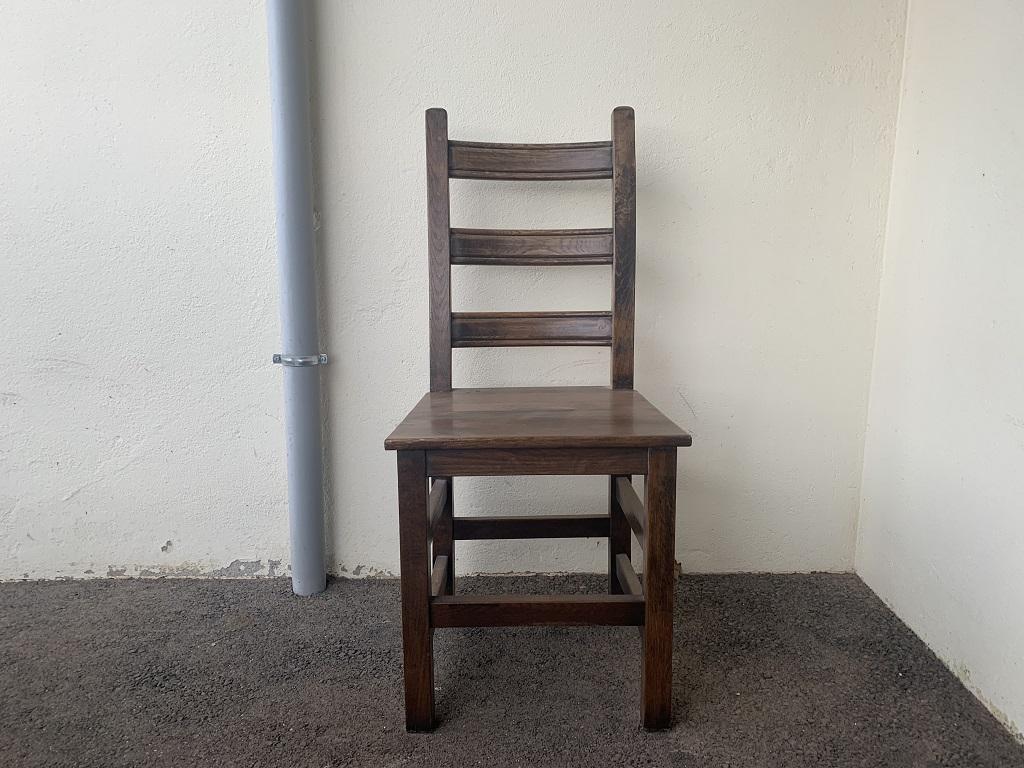 Sablage chaise en bois
