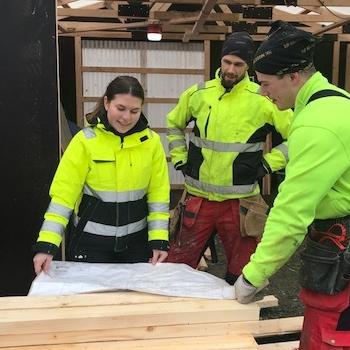Emma Ljungberg from Byggmastarn i skane with Fieldly