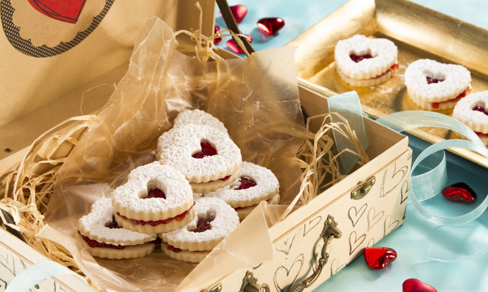 Besides office decorations, snacks are a great addition to office Valentine's Day!