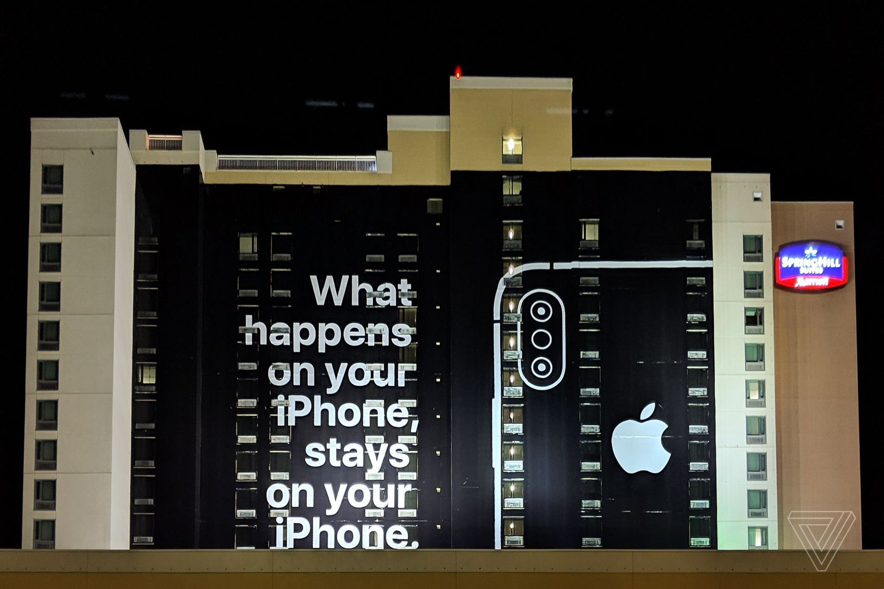 Apple privacy ad at CES 2019