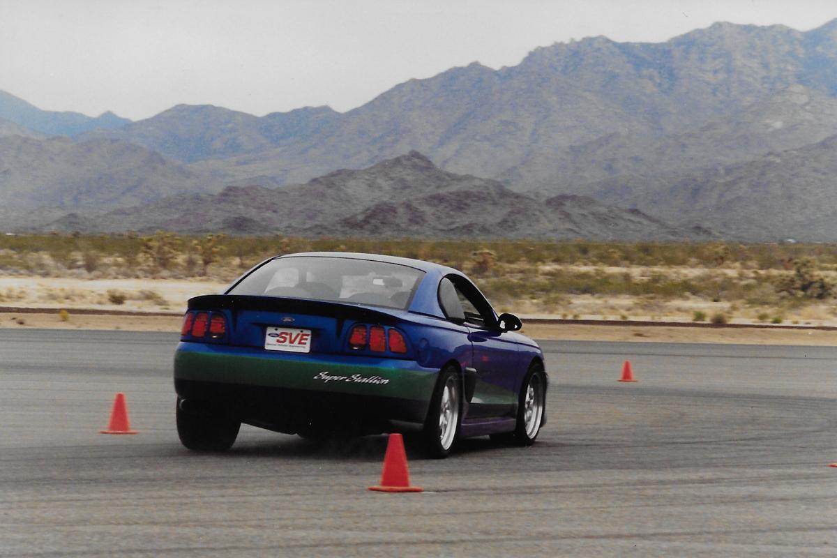2991 SVE Super Stallion on road corse