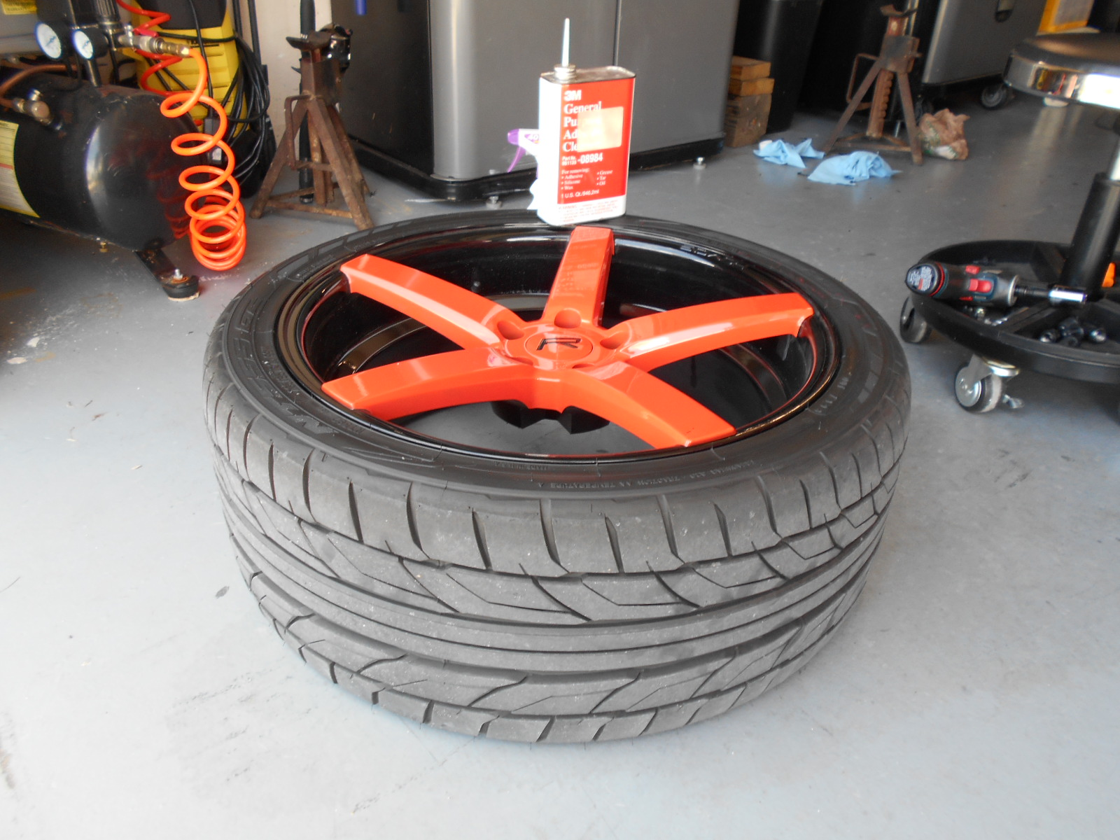 Wiping tire with 3M cleaner
