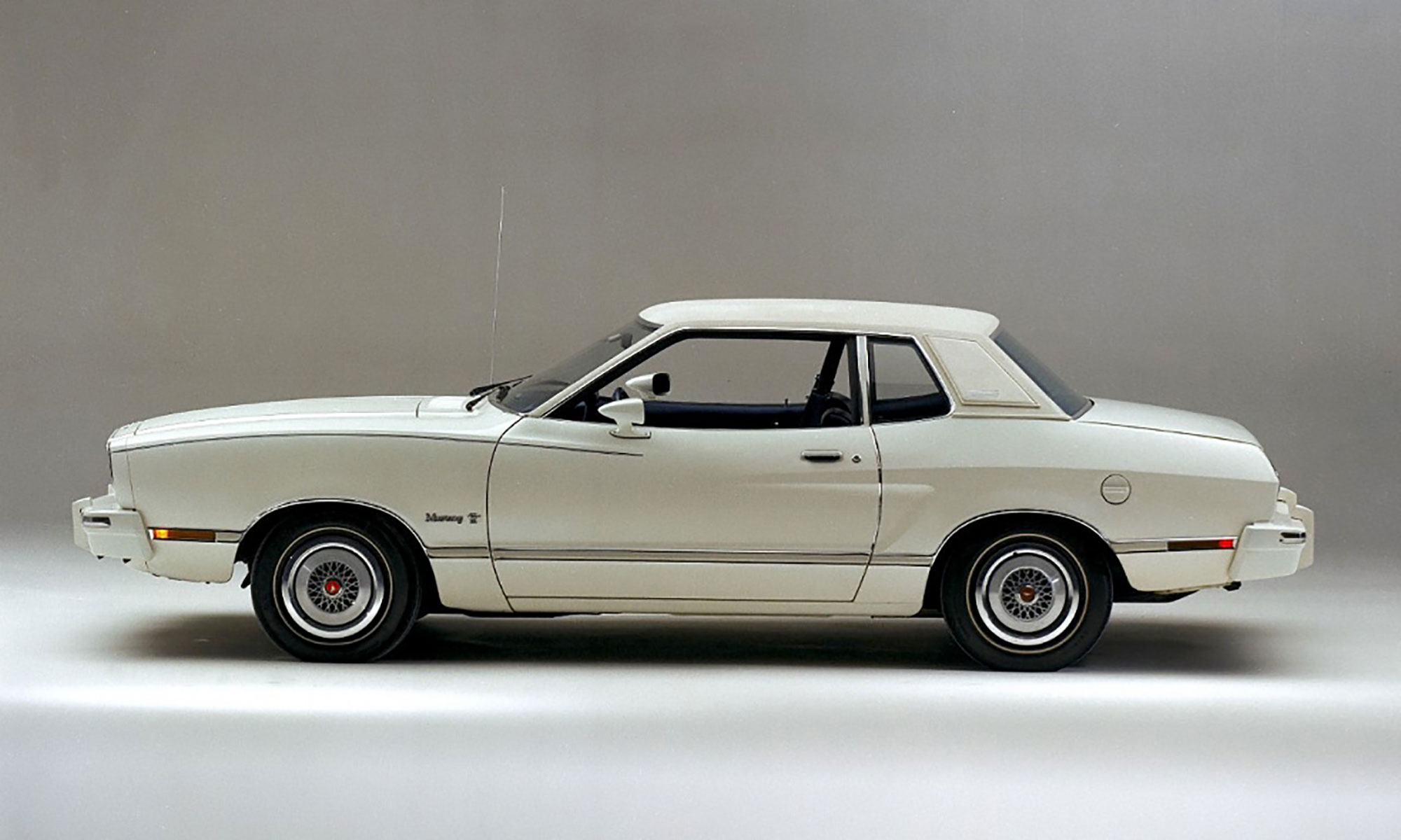 Mustang II side profile