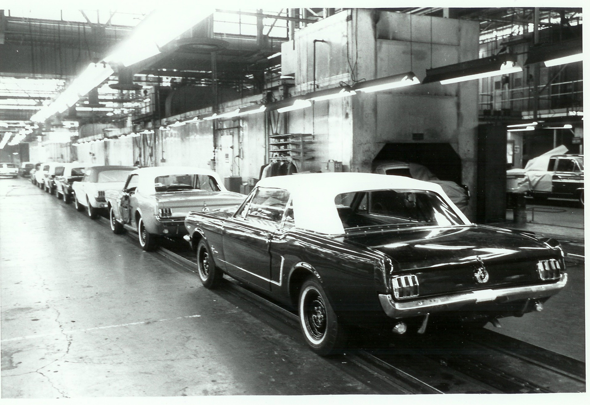 early-mustang-production