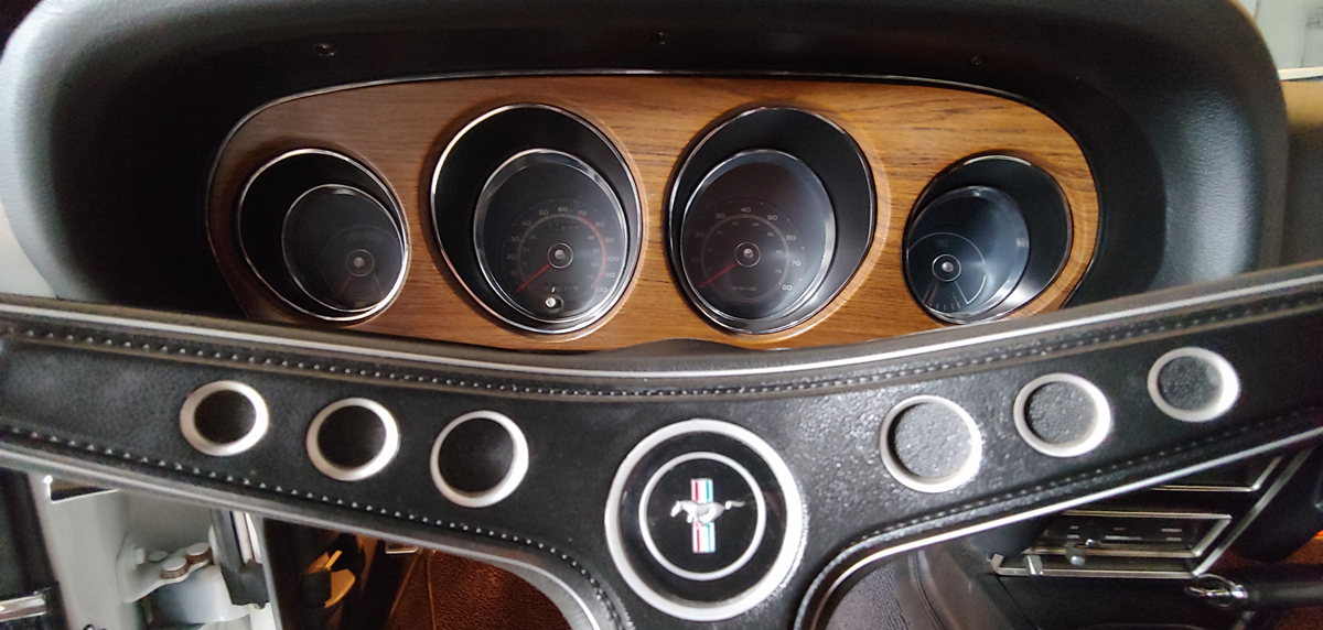 1969 Shelby Mustang Mach 1 dash