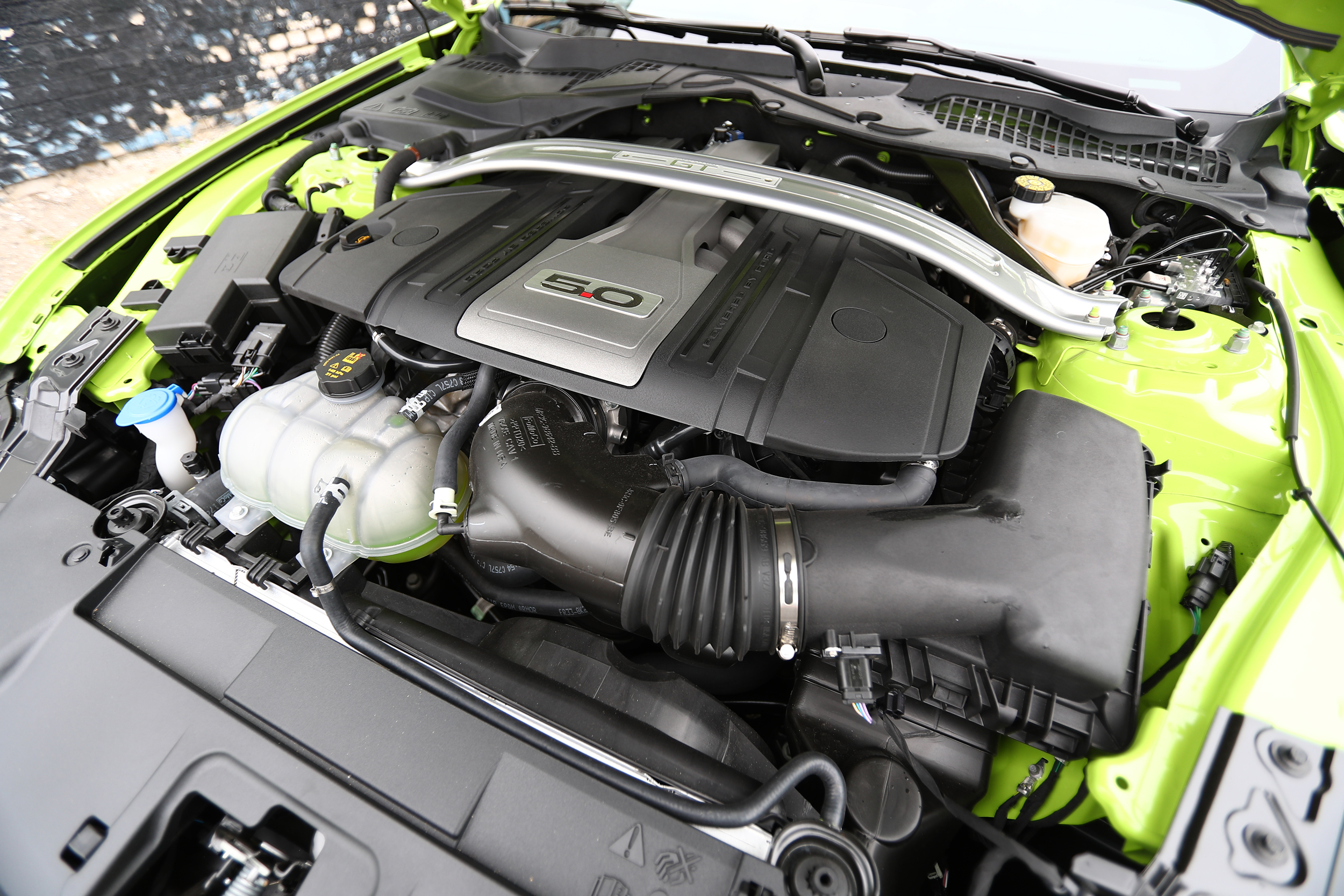 GRABBER LIME GOODNESS 2020 Mustang GT Engine