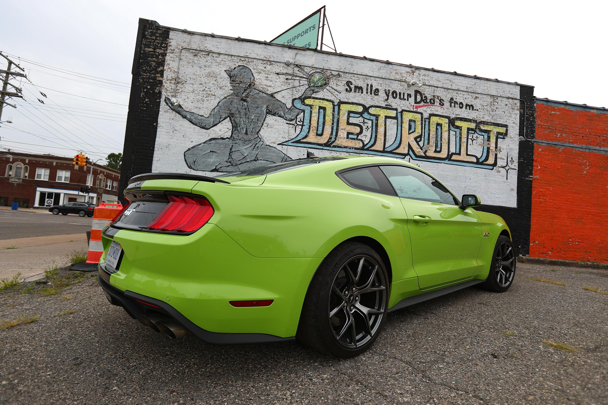 Grabber_lime_green_2020_Mustang