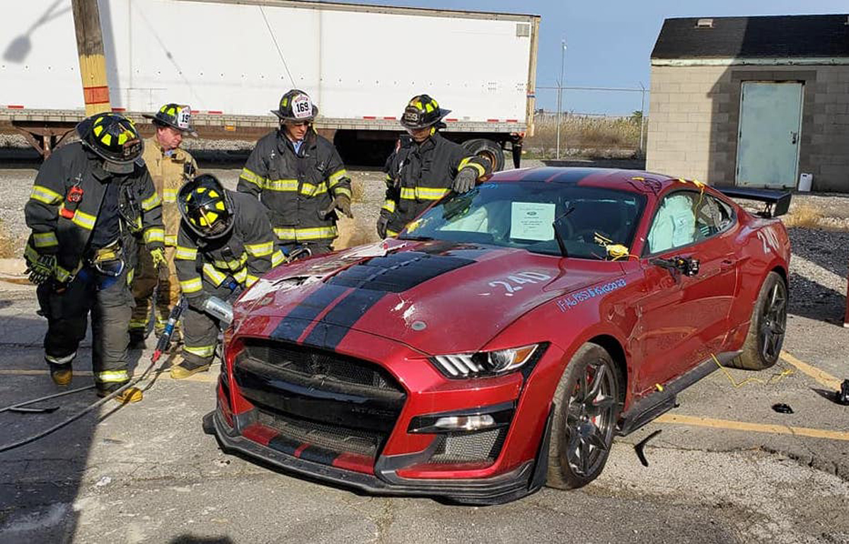 fire-department-dissects-a-2020-shelby-gt500