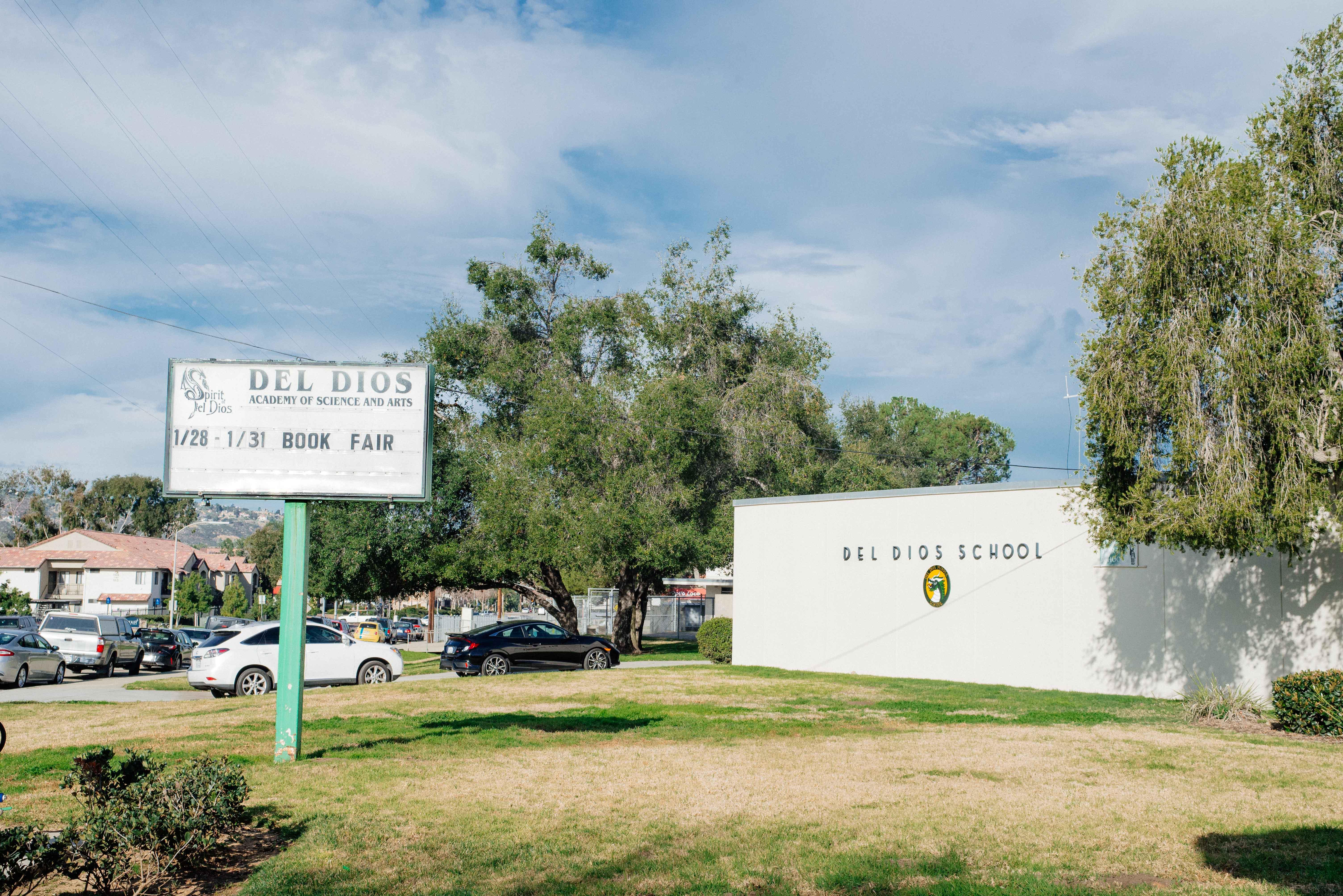 Del Dios Academy