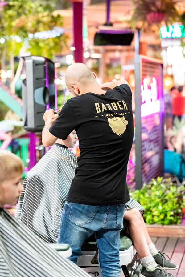 Haircuts on the rooftop of westfield kotara to raise money for kids with cancer foundation
