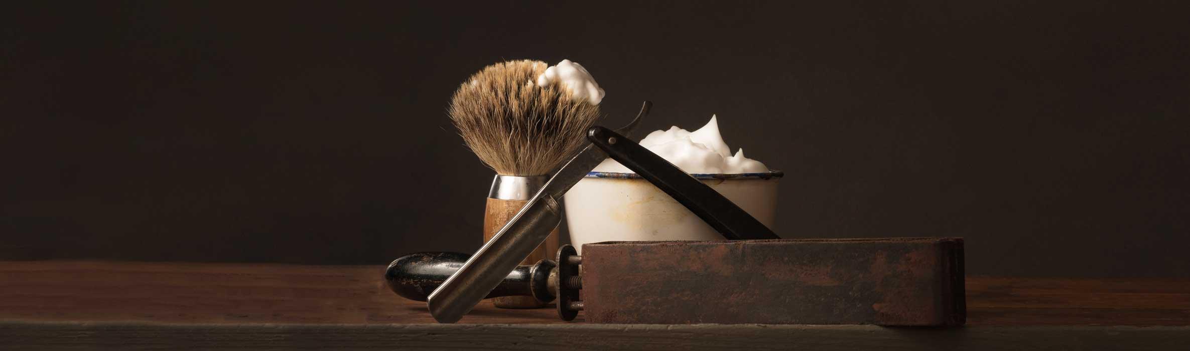 Cut Throat Razor With Shaving Cream And Shaving Brush