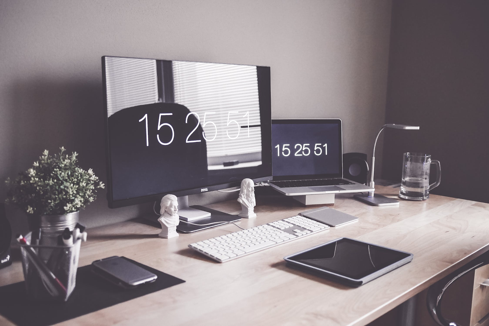 minimize workplace stress