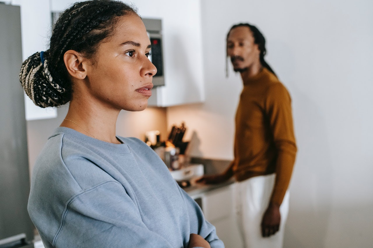couple argument in kitchen self reflection fighting man and woman